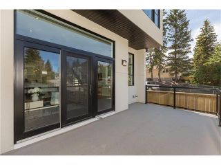 Photo 2: 1942 28 Avenue SW in Calgary: South Calgary House for sale : MLS®# C4097126