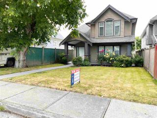Photo 2: 46151 THIRD Avenue in Chilliwack: Chilliwack E Young-Yale House for sale : MLS®# R2593312