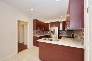 Photo 4: 5 6031 FRANCIS Road in Richmond: Woodwards Townhouse for sale : MLS®# R2577455
