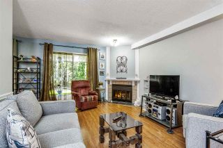 """Photo 4: 7 5925 177B Street in Surrey: Cloverdale BC Townhouse for sale in """"The Gables"""" (Cloverdale)  : MLS®# R2447082"""