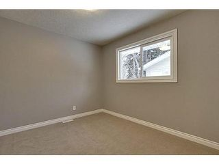 Photo 14: 8007 7 Street SW in Calgary: Bungalow for sale : MLS®# C3595147