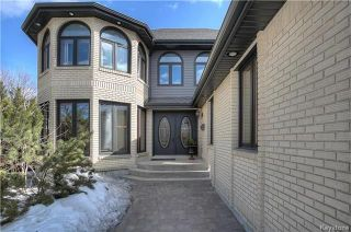 Photo 2: 113 Shorecrest Drive in Winnipeg: Linden Woods Residential for sale (1M)  : MLS®# 1807547