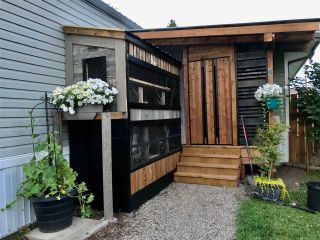 """Photo 5: 8515 75 Street in Fort St. John: Fort St. John - City SE Manufactured Home for sale in """"SOUTH AENNOFIELD"""" (Fort St. John (Zone 60))  : MLS®# R2582932"""