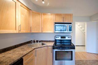 Photo 3: 2 477 Lampson St in : Es Old Esquimalt Condo for sale (Esquimalt)  : MLS®# 862134