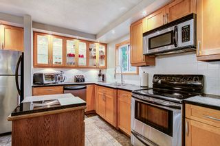 Photo 2: 21161 122 Avenue in Maple Ridge: Northwest Maple Ridge House for sale : MLS®# R2415001