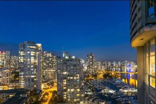 Photo 14: 2201 1328 MARINASIDE CRESCENT in Vancouver: Yaletown Condo for sale (Vancouver West)  : MLS®# R2507733