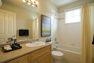 Photo 12: 1805 NAPIER Street in Vancouver East: Home for sale : MLS®# V767152