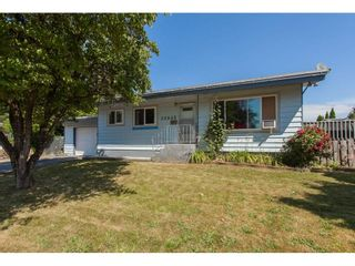Photo 1: 32045 WESTVIEW Avenue in Mission: Mission BC House for sale : MLS®# R2186441