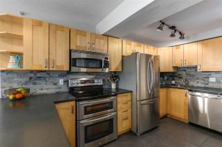 """Photo 11: 2205 388 DRAKE Street in Vancouver: Yaletown Condo for sale in """"GOVERNOR'S TOWNER"""" (Vancouver West)  : MLS®# R2276947"""