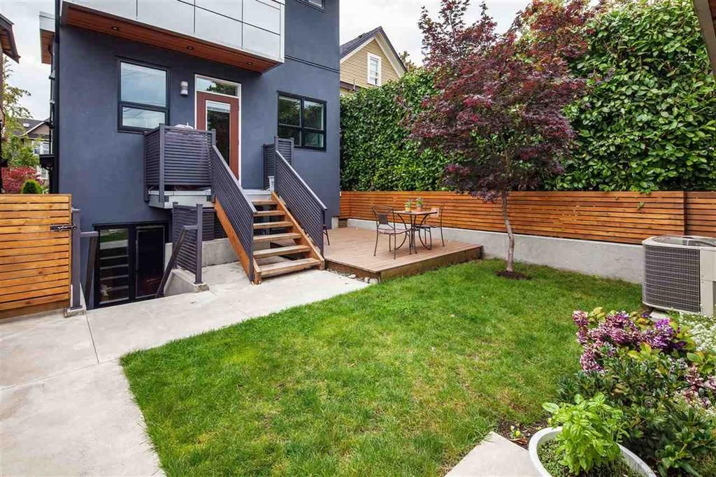 Photo 2: Photos: 279 E 19th Avenue in Vancouver: Main House for sale (Vancouver East)