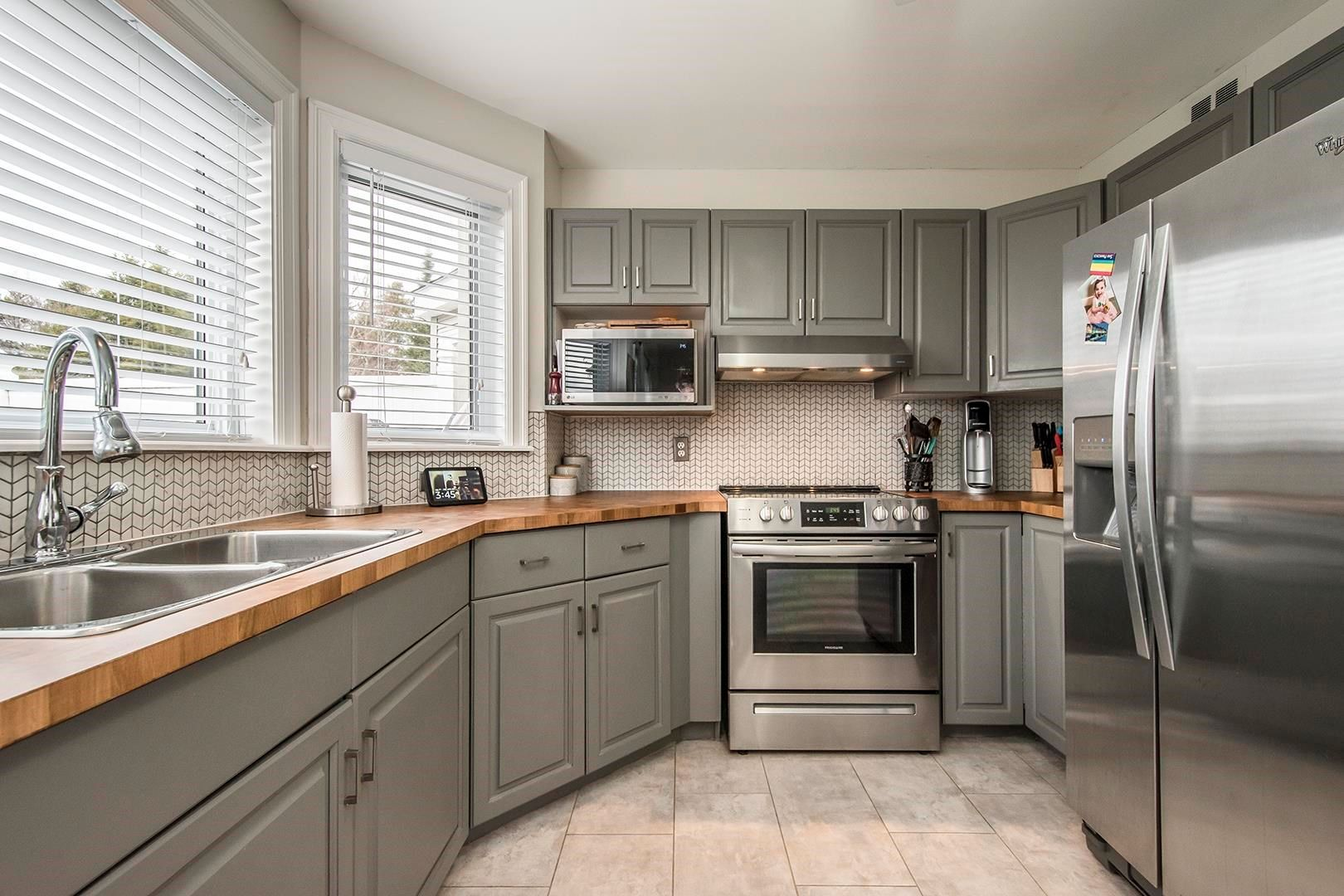 Photo 9: Photos: 64 Roy Crescent in Bedford: 20-Bedford Residential for sale (Halifax-Dartmouth)  : MLS®# 202110846