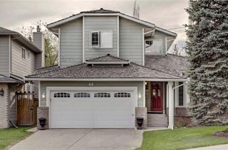 Photo 1: 44 SUN HARBOUR Place SE in Calgary: Sundance Detached for sale : MLS®# C4242702
