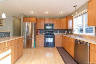 Photo 12: 813 Gannet Crt in VICTORIA: La Bear Mountain House for sale (Langford)  : MLS®# 835428