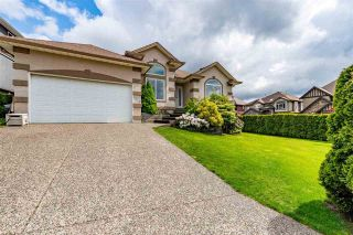 """Photo 4: 7978 WEATHERHEAD Court in Mission: Mission BC House for sale in """"COLLEGE HEIGHTS"""" : MLS®# R2579049"""