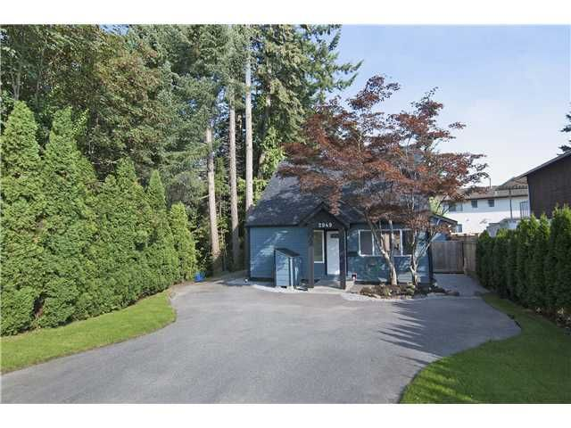 Main Photo: 2949 DEWDNEY TRUNK Road in Coquitlam: Meadow Brook House for sale : MLS®# V1026757