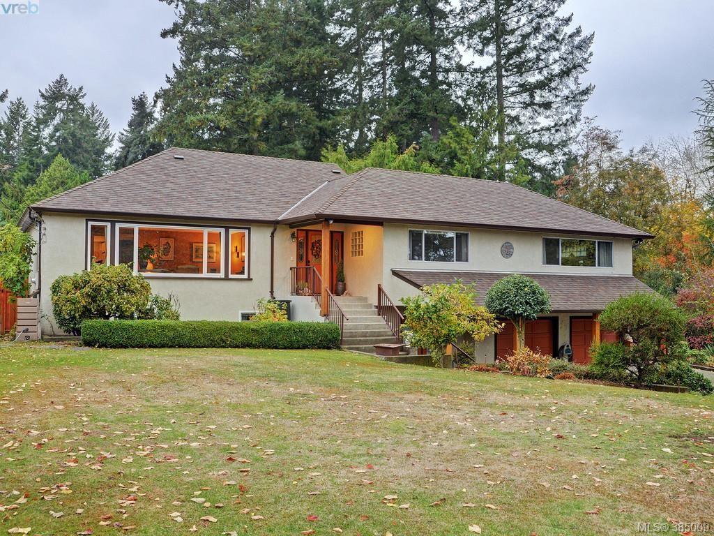 Main Photo: 5450 Alderley Rd in VICTORIA: SE Cordova Bay House for sale (Saanich East)  : MLS®# 773792