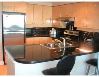 """Photo 3: 2708 1008 CAMBIE ST in Vancouver: Downtown VW Condo for sale in """"WATERWORKS"""" (Vancouver West)  : MLS®# V547059"""