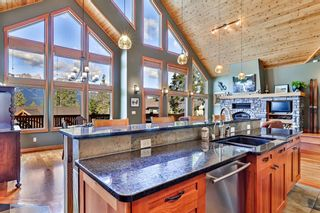 Photo 5: 812 Silvertip Heights: Canmore Detached for sale : MLS®# A1120458