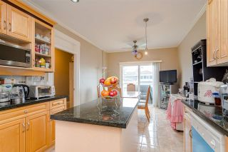 Photo 7: 380 STRATFORD Avenue in Burnaby: Capitol Hill BN 1/2 Duplex for sale (Burnaby North)  : MLS®# R2411548