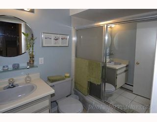 """Photo 7: 203 1050 JERVIS Street in Vancouver: West End VW Condo for sale in """"JERVIS MANOR"""" (Vancouver West)  : MLS®# V674973"""