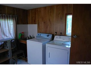 Photo 3: 1 1201 Craigflower Rd in VICTORIA: VR Glentana Manufactured Home for sale (View Royal)  : MLS®# 738635
