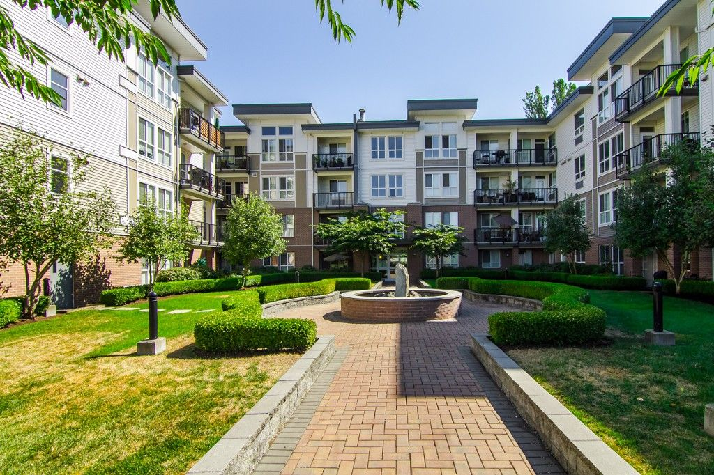 """Photo 28: Photos: 210 5430 201 Street in Langley: Langley City Condo for sale in """"THE SONNET"""" : MLS®# F1418321"""