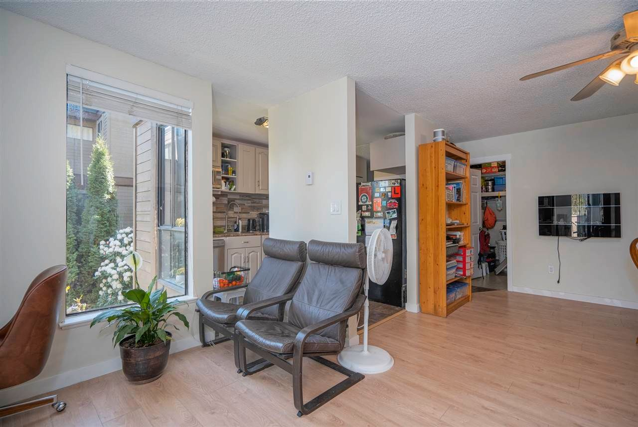 """Photo 5: Photos: 204 9143 SATURNA Drive in Burnaby: Simon Fraser Hills Townhouse for sale in """"Mountain Wood"""" (Burnaby North)  : MLS®# R2569786"""