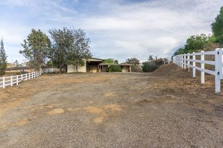 Photo 11: 755 Discovery Street in San Marcos: Residential for sale (92078 - San Marcos)  : MLS®# 170012481