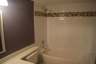 """Photo 14: 201 20088 55A Avenue in Langley: Langley City Condo for sale in """"PARKSIDE PLACE"""" : MLS®# R2048156"""