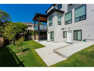 Photo 38: 977 164 Street in Surrey: Pacific Douglas House for sale (South Surrey White Rock)  : MLS®# R2490066