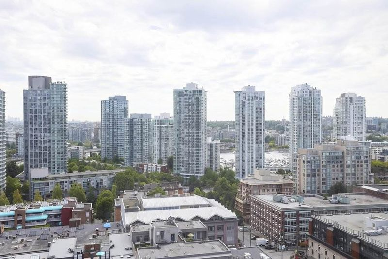 FEATURED LISTING: 1803 - 1055 HOMER Street Vancouver