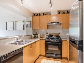 """Photo 27: 408 200 KLAHANIE Drive in Port Moody: Port Moody Centre Condo for sale in """"Salal"""" : MLS®# R2603495"""