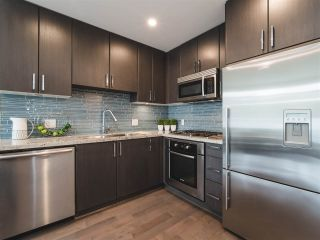 Photo 7: 202 63 W 2ND AVENUE in Vancouver: False Creek Condo for sale (Vancouver West)  : MLS®# R2278434