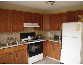 Photo 4:  in CALGARY: Temple Residential Detached Single Family for sale (Calgary)  : MLS®# C3262624