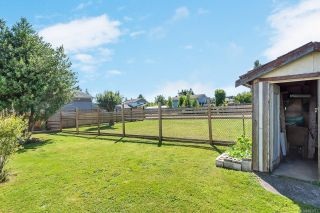 Photo 4: 1858 Nunns Rd in : CR Willow Point Manufactured Home for sale (Campbell River)  : MLS®# 853677