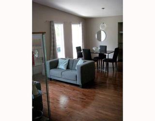 Photo 3: 18 QUEEN'S PARK Crescent in WINNIPEG: River Heights / Tuxedo / Linden Woods Residential for sale (South Winnipeg)  : MLS®# 2910885