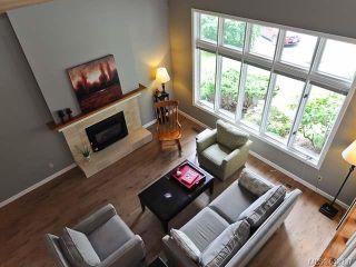 Photo 3: 860 Kelsey Crt in COMOX: CV Comox (Town of) House for sale (Comox Valley)  : MLS®# 643937