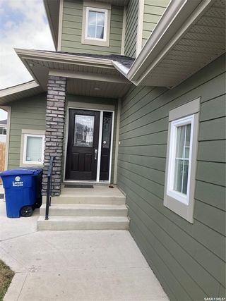 Photo 3: 439 Pichler Crescent in Saskatoon: Rosewood Residential for sale : MLS®# SK851963