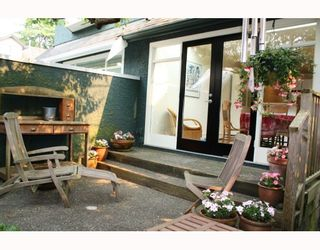 Photo 9: 3103 W 3RD Avenue in Vancouver: Kitsilano 1/2 Duplex for sale (Vancouver West)  : MLS®# V771604