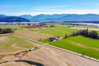 Photo 2: 40628 LOUGHEED Highway in Mission: Dewdney Deroche Agri-Business for sale : MLS®# C8037146