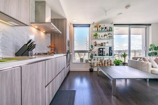 """Photo 4: 2301 433 SW MARINE Drive in Vancouver: Marpole Condo for sale in """"W1 EAST TOWER"""" (Vancouver West)  : MLS®# R2577419"""