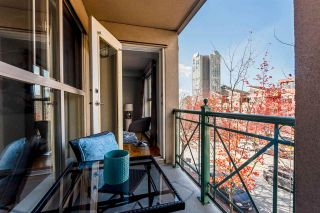 """Photo 9: 311 332 LONSDALE Avenue in North Vancouver: Lower Lonsdale Condo for sale in """"The Calypso"""" : MLS®# R2214672"""
