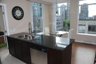 "Photo 4: 603 1001 HOMER Street in Vancouver: Yaletown Condo for sale in ""THE BENTLEY"" (Vancouver West)  : MLS®# R2100941"