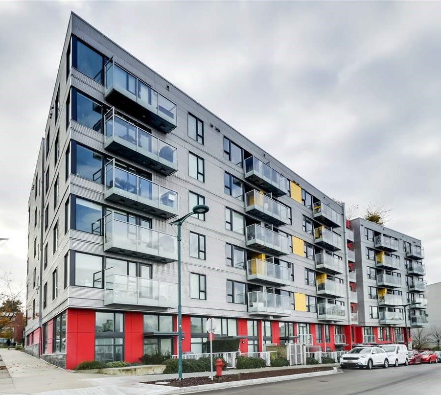 """Main Photo: 405 384 E 1ST Avenue in Vancouver: Strathcona Condo for sale in """"CANVAS"""" (Vancouver East)  : MLS®# R2523528"""