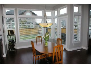 """Photo 3: 19485 THORBURN Way in Pitt Meadows: South Meadows House for sale in """"RIVERS EDGE"""" : MLS®# V991085"""