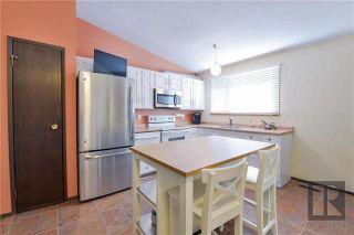 Photo 7: 22 Salisbury Crescent in Winnipeg: Waverley Heights Residential for sale (1L)  : MLS®# 1826434