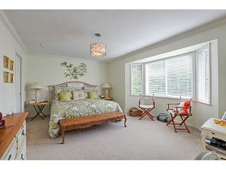 """Photo 13: 1241 MALVERN Place in Tsawwassen: Cliff Drive House for sale in """"CLIFF DRIVE"""" : MLS®# V1140887"""