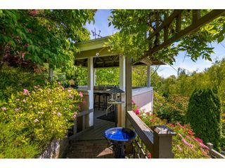 "Photo 38: 13557 55A Avenue in Surrey: Panorama Ridge House for sale in ""Panorama Ridge"" : MLS®# R2467137"
