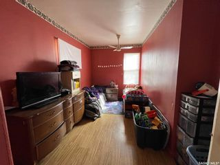 Photo 7: 938 Hochelaga Street West in Moose Jaw: Central MJ Residential for sale : MLS®# SK851165