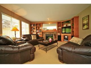 Photo 9: 6484 CLAYTONWOOD Gate in Surrey: Cloverdale BC House for sale (Cloverdale)  : MLS®# F1214656